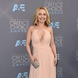 Hayden Panettiere en los Critics' Choice Awards 2016