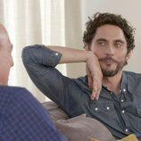Paco León confiesa a Bertín Osborne que tuvo una relación con un hombre en 'En la tuya o en la mía'