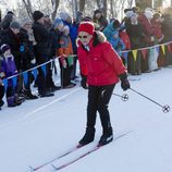 Sonia de Noruega esquiando en las celebraciones del 25 aniversario de reinado de Harald de Noruega