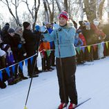 Mette-Marit de Noruega esquiando en las celebraciones del 25 aniversario de reinado de Harald de Noruega