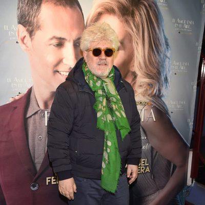 Pedro Almodóvar en el estreno de la obra 'El amor está en el aire'