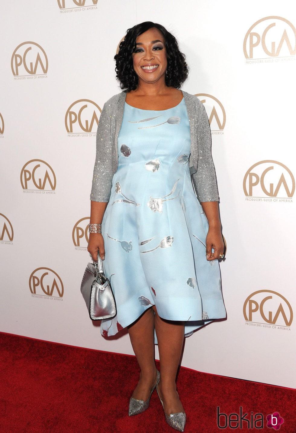 Shonda Rhimes en los Producers Guild Awards 2016