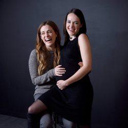 Jena Malone junto a su compañera de reparto Riley Keough en el festival Sundance 2016