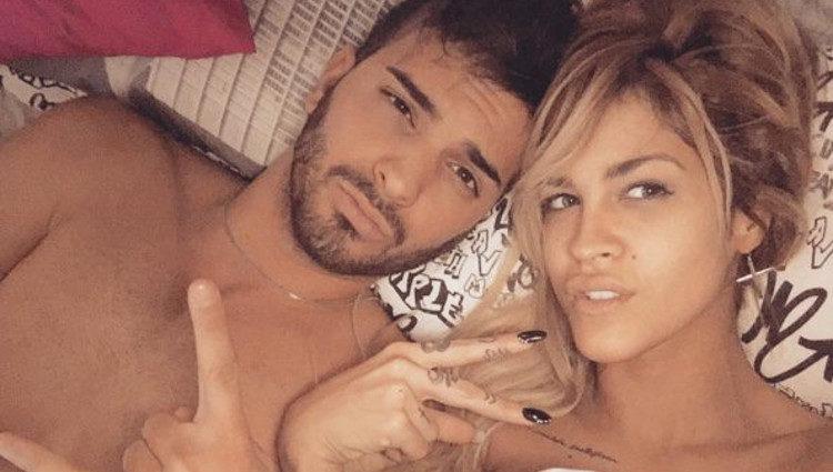 Ylenia y Suso desnudos en la cama