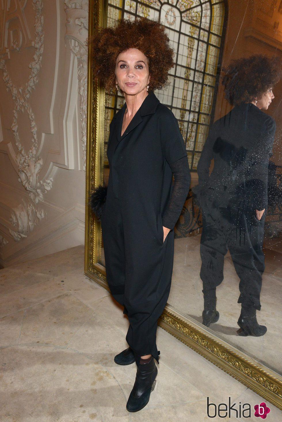 Victoria Abril en el desfile de Jean Paul Gaultier en la Semana de la Alta Costura de París primavera/verano 2016