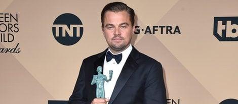 Leonardo DiCaprio con su Premio del Sindicato de Actores 2016