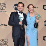 Leonardo DiCaprio y Brie Larson con su Premio del Sindicato de Actores 2016