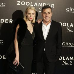 Lulu Figueroa con Ángel Schlesser en la premiere en Madrid de 'Zoolander 2'