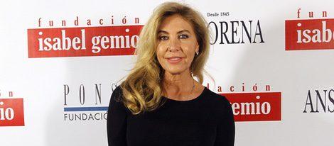 Norma Duval en la subasta benéfica 'Artistas con Duende'