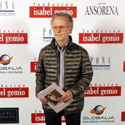 Fernando Colomo en la subasta benéfica 'Artistas con Duende'