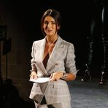Noelia López presentando el Premio Fresh Face de la 080 Barcelona 2016