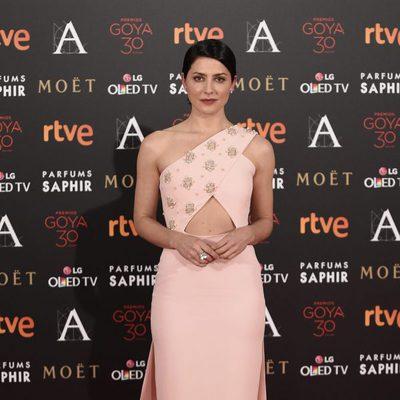 Bárbara Lennie en la alfombra roja de los Premios Goya 2016