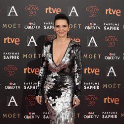 Juliette Binoche en la alfombra roja de los Premios Goya 2016