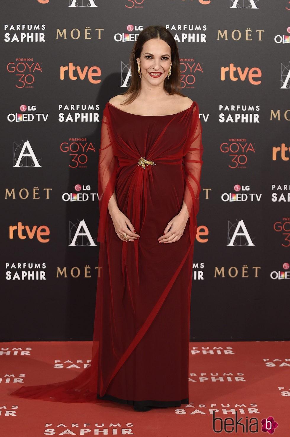 Paula Ortiz en la alfombra roja de los Premios Goya 2016