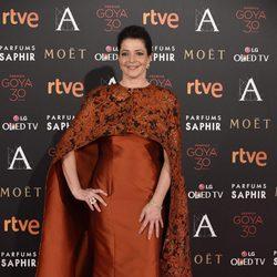 Nora Navas en la alfombra roja de los Premios Goya 2016