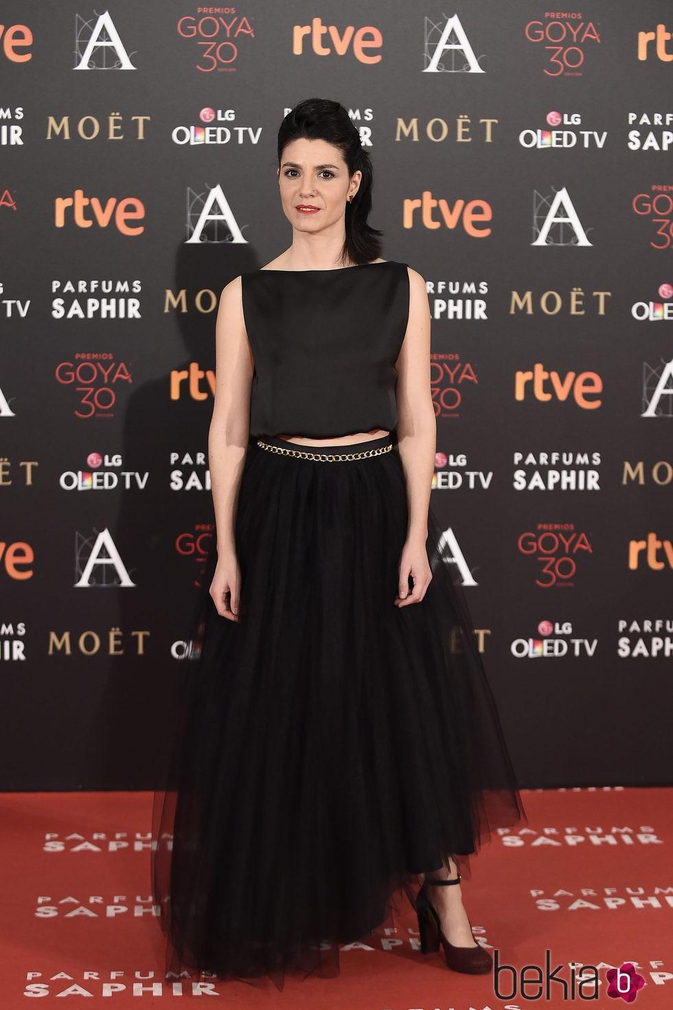 Iraia Elias en la alfombra roja de los Premios Goya 2016