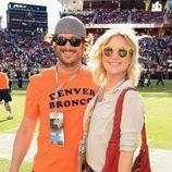 Oliver Hudson y Kate Hudson en la Super Bowl 2016