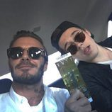 David Beckham y su hijo Brooklyn de camino a la Super Bowl 2016