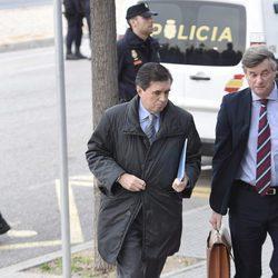 Jaume Matas llega a la segunda sesión del juicio por el Caso Nóos