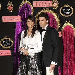 Iván Sánchez y Elia Galea en los premios Telva