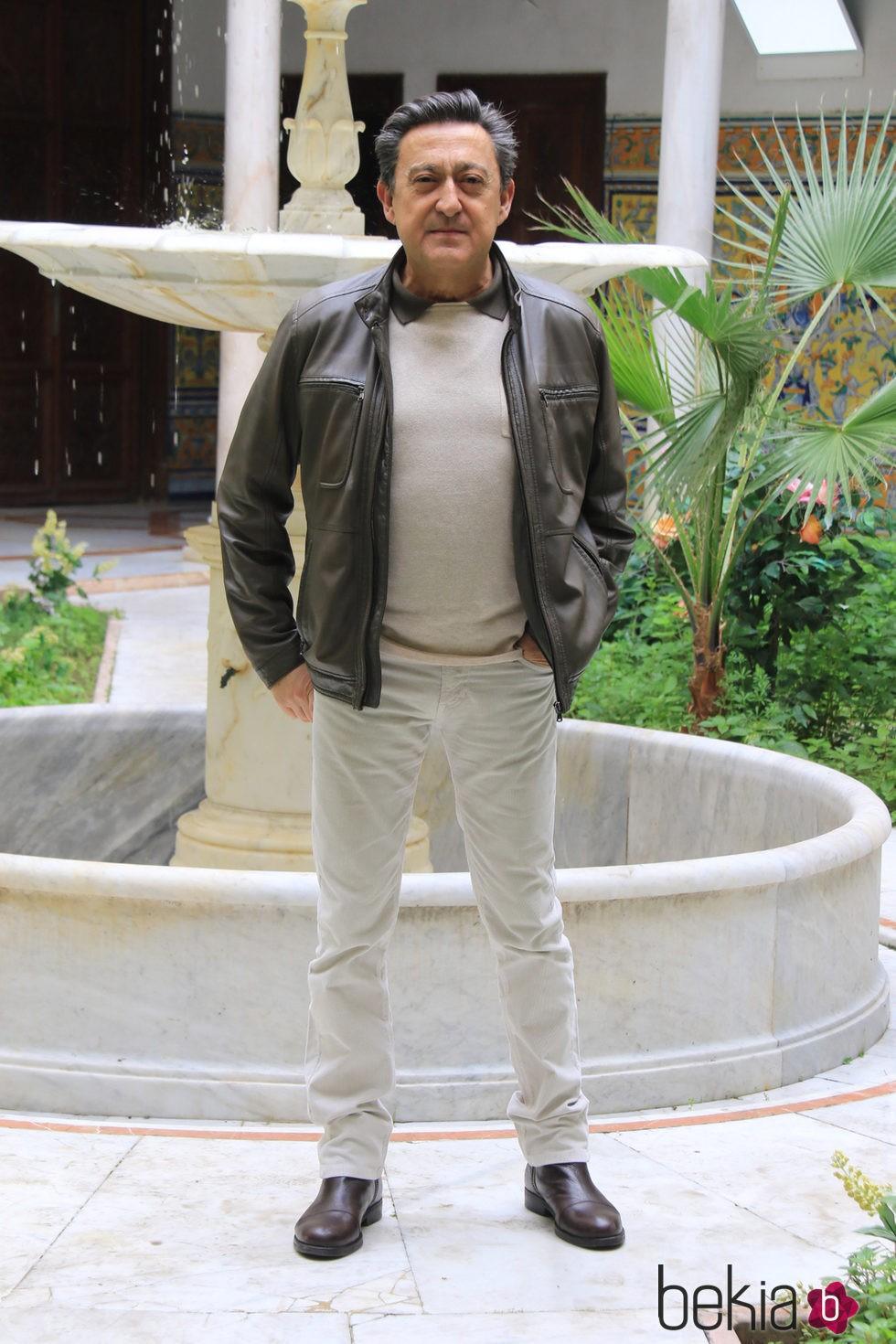 Mariano Peña en la presentación de la segunda temporada de la serie 'Allí abajo' en Sevilla