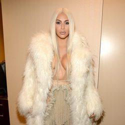 Kim Kardashian en el desfile de Kanye West 'Yeezy Season 3'