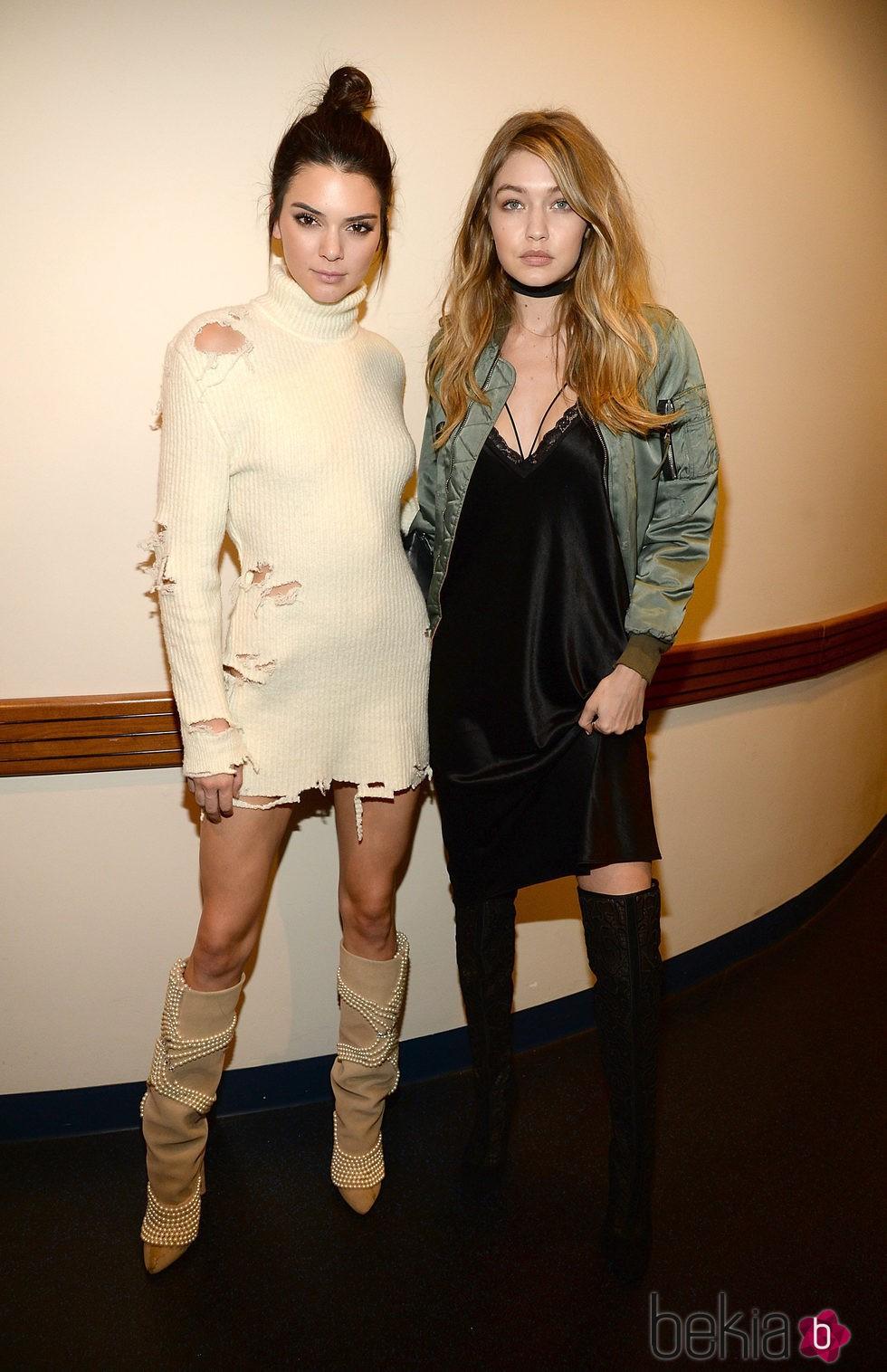 Kendall Jenner y Gigi Hadid en el desfile de Kanye West 'Yeezy Season 3'