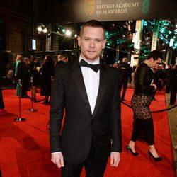 Jack O'Connell en la alfombra roja de los BAFTA 2016
