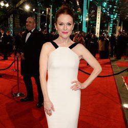 Julianne Moore en la alfombra roja de los BAFTA 2016