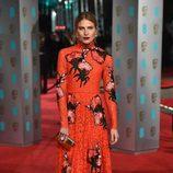 Dree Hemingway en la alfombra roja de los BAFTA 2016