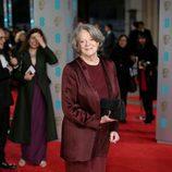 Maggie Smith en la alfombra roja de los BAFTA 2016