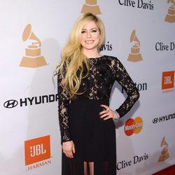 Avril Lavigne en la fiesta Clive Davis previa a los Grammy 2016