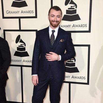 Sam Smith en la alfombra roja de los Premios Grammy 2016