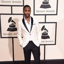 Big Sean en la alfombra roja de los Premios Grammy 2016