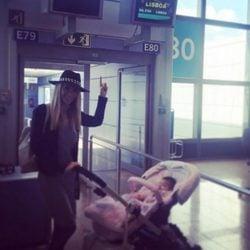 Tamara Gorro viaja a Lisboa por primera vez con su hija Shaila