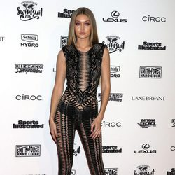 Gigi Hadid en la presentación de la portada de Sports Illustrated Swimsuit 2016