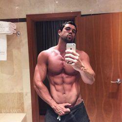 Rafa Martín presume de abdominales en sus redes sociales
