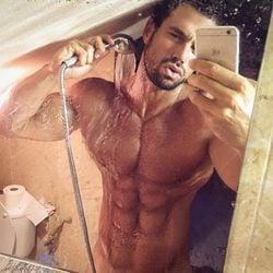 El selfie más sexy de Rafa Martín en el baño