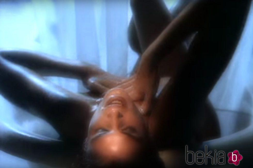 Cindy Crawford en el videoclip 'Freedom 1990'