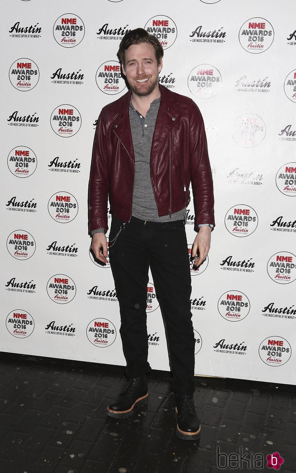 Ricky Wilson en la entrega de los Premios NME 2016 en Londres