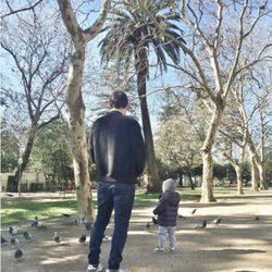 Iker Casillas de paseo con su hijo Martín Casillas