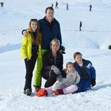 Constantino y Laurentien de Holanda con sus hijos en sus vacaciones de invierno en Austria