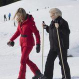 La Reina Máxima y Beatriz de Holanda durante sus vacaciones de invierno en Austria