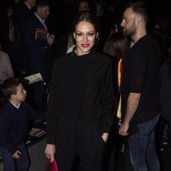Eva González en la entrega del Premio L'Oreal en Madrid Fashion Week otoño/invierno 2016/2017