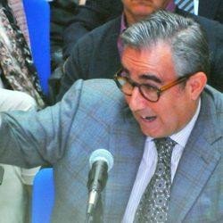 Diego Torres con un dedo acusador en su declaración en el juicio por el Caso Nóos
