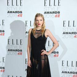 Lily Donaldson en los Premios Elle Style 2016
