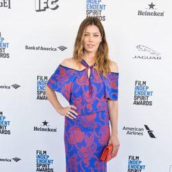 Jessica Biel en la alfombra roja de los Independent Spirit Awards 2016