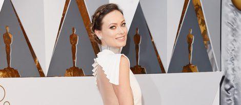 Olivia Wilde en la alfombra roja de los Premios Oscar 2016