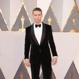 Will Poulter en la alfombra roja en los Premios Oscar 2016
