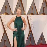 Rachel McAdams en la alfombra roja de los Premios Oscar 2016
